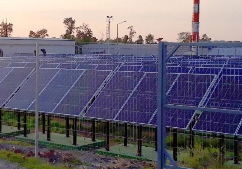 Частную солнечную электростанцию строят под Ростовом