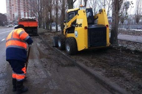 Дорогая уборка улиц Ростова