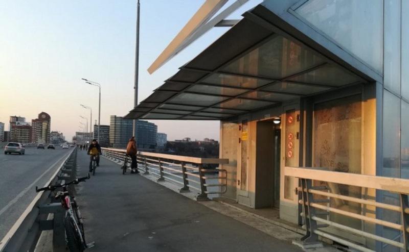 Для ремонта лифтов Ворошиловского моста нужно почти 2 млн. рублей