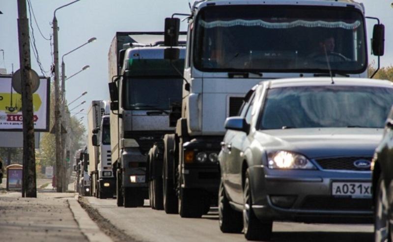 Движение грузового транспорта в центре Ростова хотят ограничить
