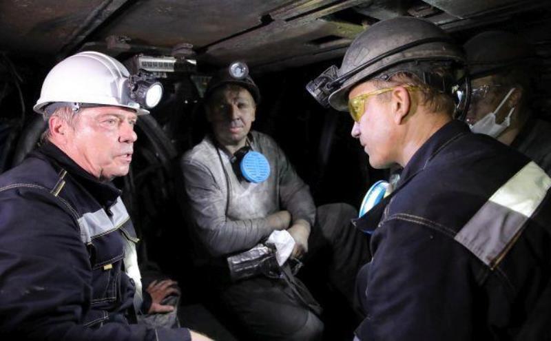 Продать добытый уголь шахтерам помогут власти Ростовской области