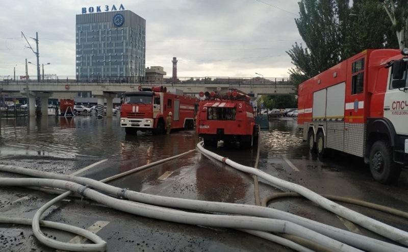 На ростовских чиновников заведут уголовные дела из-за неработающих ливневок