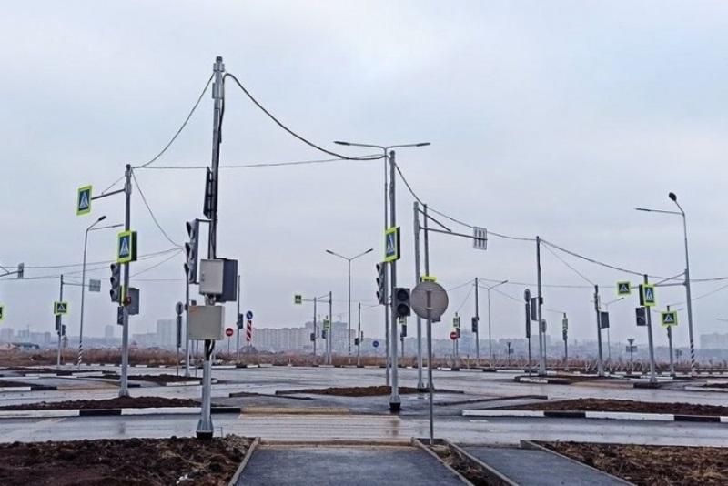 18 светофоров установили в незастроенной части Левенцовки