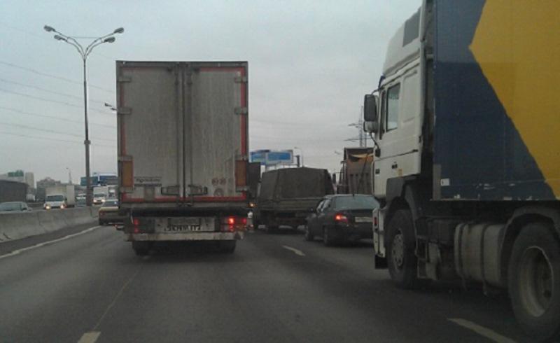 Движение грузовиков в Ростове будет ограничено из-за закрытия моста на Малиновского
