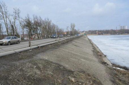 Возводить мост через Ростовское море начнут не ранее следующего года