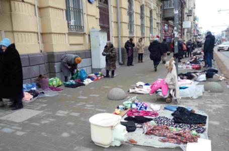 Все барахолки Ростова хотят перевезти в торгово-досуговый комплекс