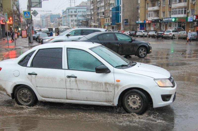 Муниципалитет Ростова ищет подрядчика для ремонта ливневок