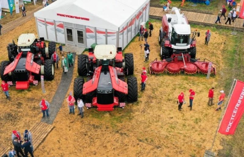 В Зерноградском районе провели сельскохозяйственную выставку «День Донского поля»