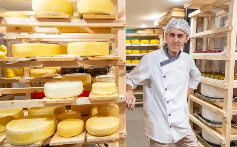 В Новочеркасске студент открыл собственную сыроварню