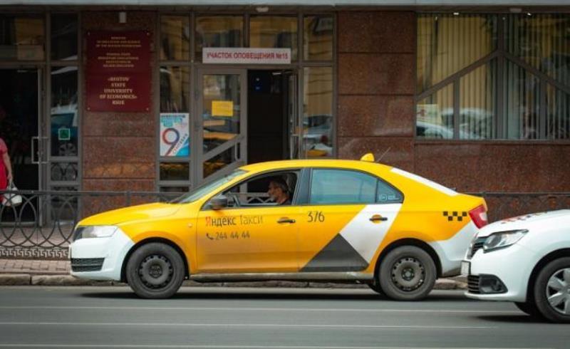 Ростовские такси подозревают в монополизме и собираются провести аудит