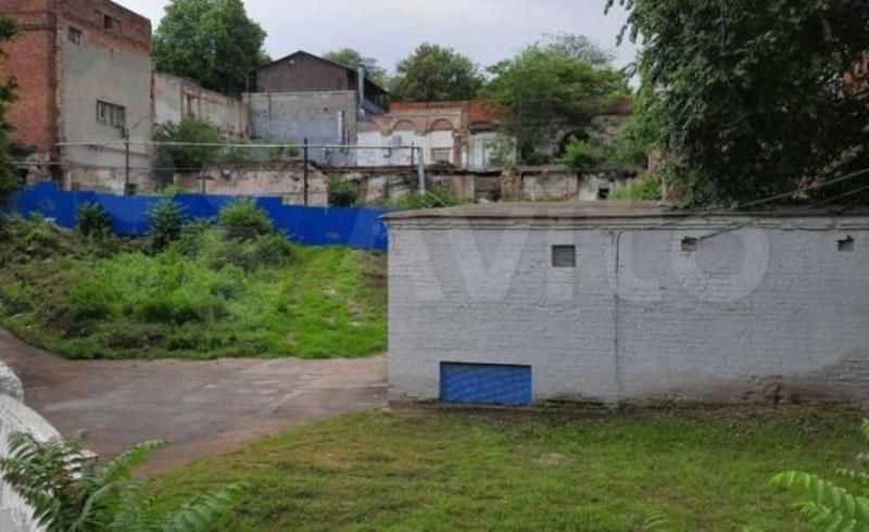2 участка под застройку продают в Ростове возле парка Горького