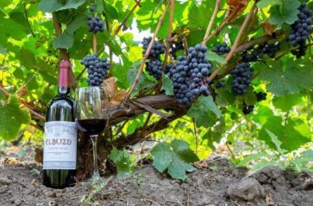 Колбасный завод «Тавр» требует почти 52 млн. рублей с винодельни «Танаис»